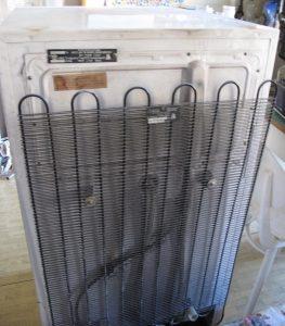 Замена и установка Конденсатора Холодильника на дому в Екатеринбурге и Свердловской области дешево качественно